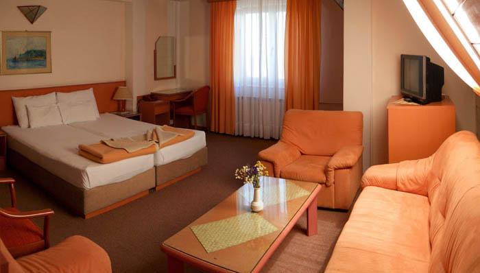 Хотел Молика (Hotel Molika)