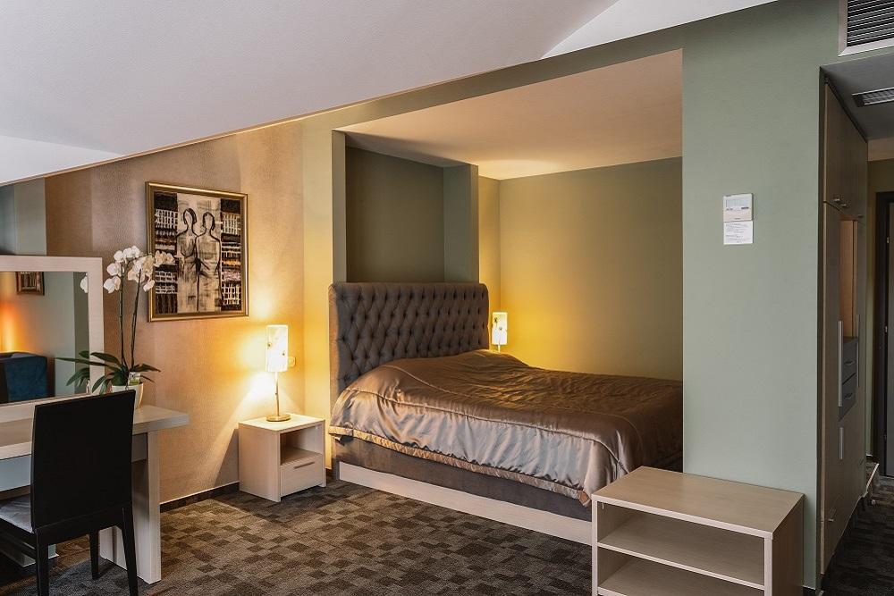 HotelRomantik_Veles_2