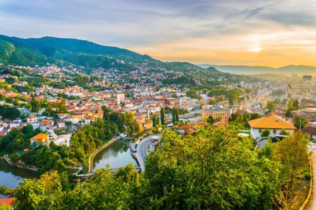 8ми Декември – Сараево (3 ноќи)