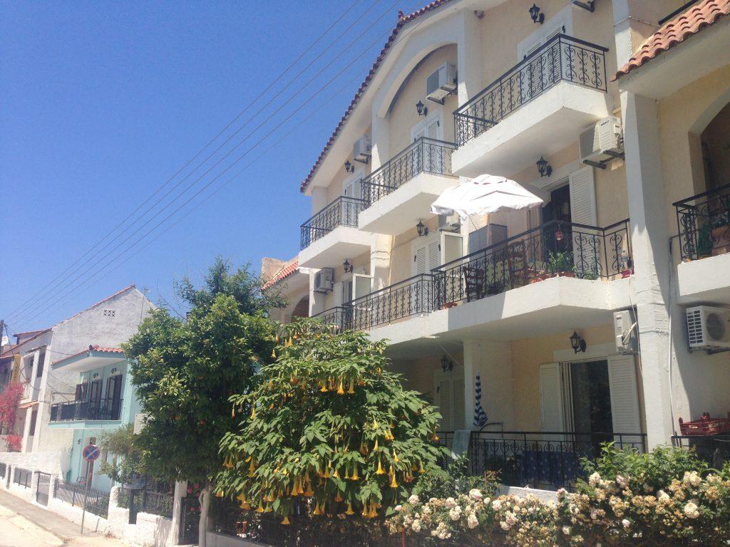 Вила Македонија – Порос