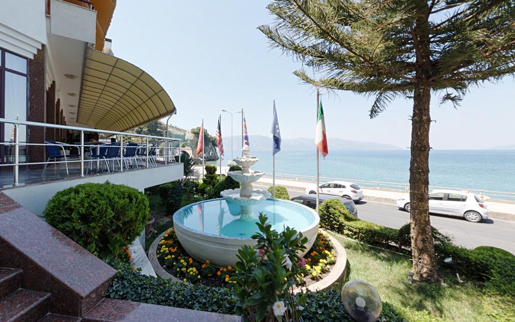 Хотел New York 4* – Валона, Албанија