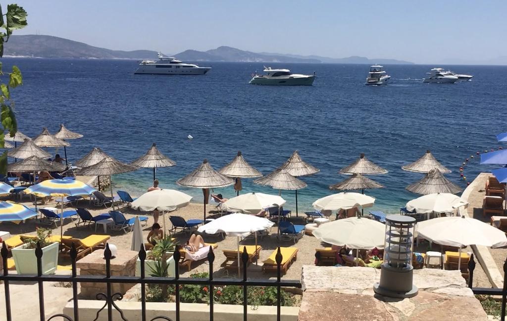 Kalemi's Beach and Hotel – Саранда, Албанија  – Лето 2020