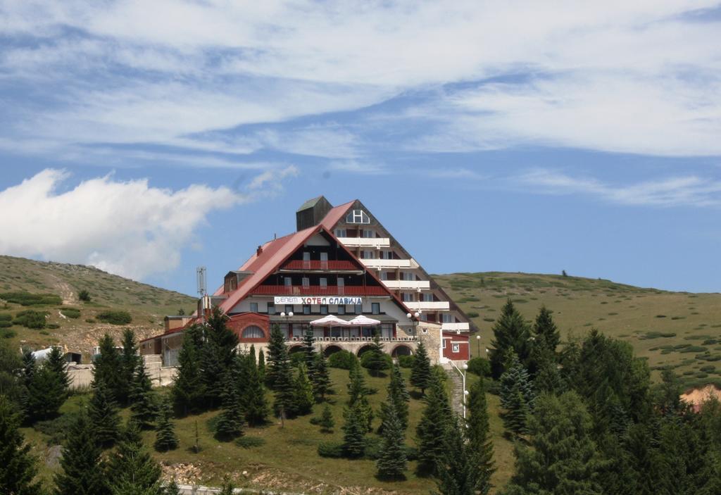 Хотел Славија 2* – Попова Шапка