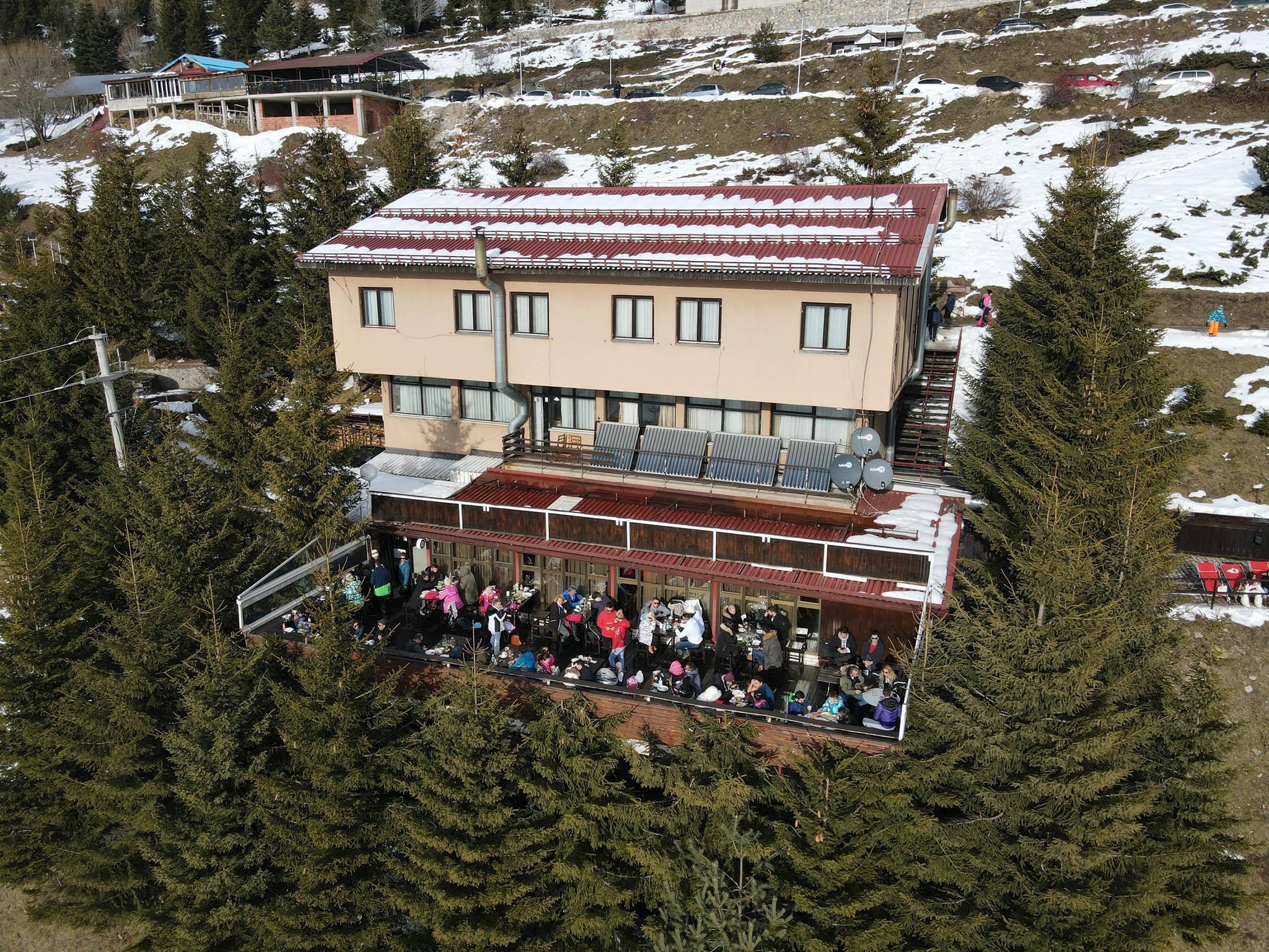ХотелSNOW PATROL LODGE 3* – Попова Шапка